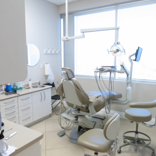 Dentist-office-clean